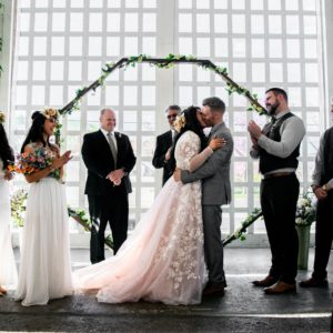 Incredible Wedding Decor Ideas for Your Ceremony Altar