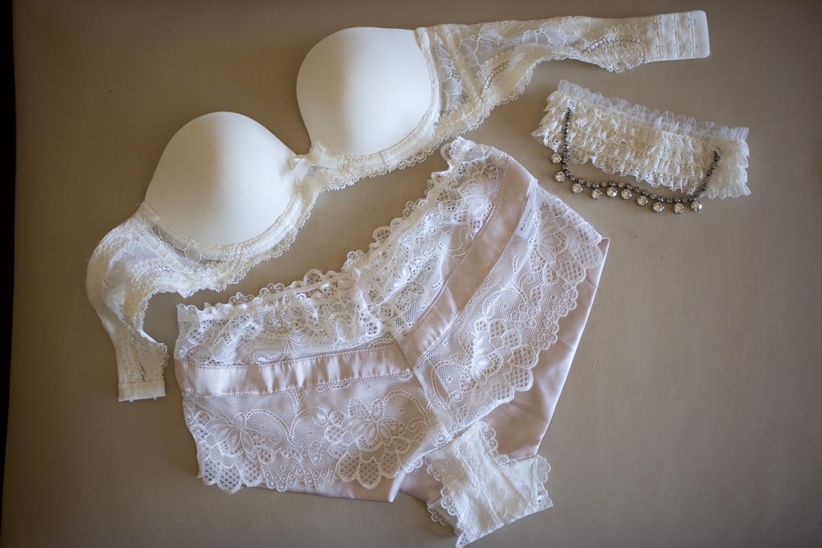 Choosing the Best Undergarments for Your Wedding Dress - mywedding