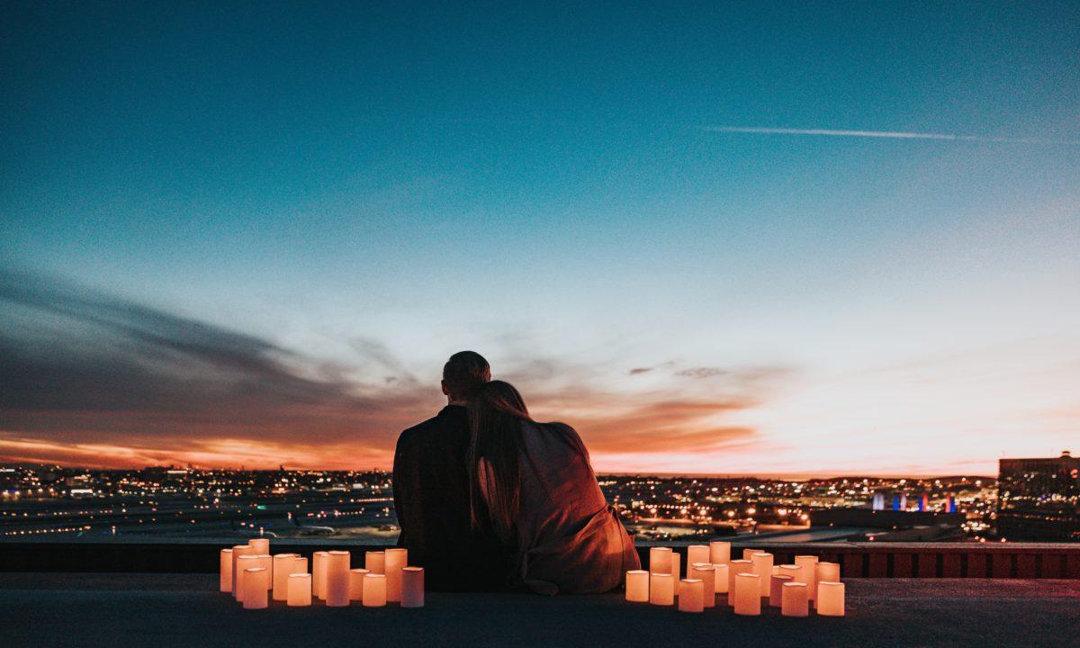 Honeymoon vs. Minimoon: Advice from a Newlywed