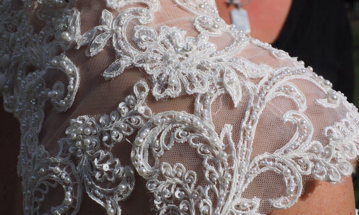 Va-Va-Voom Wedding Dresses by Justin Alexander