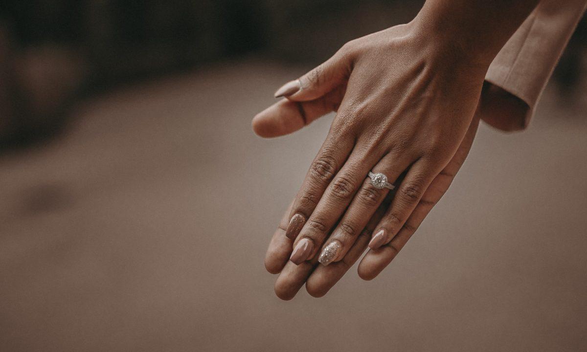 15 Unique Bridal Manicures