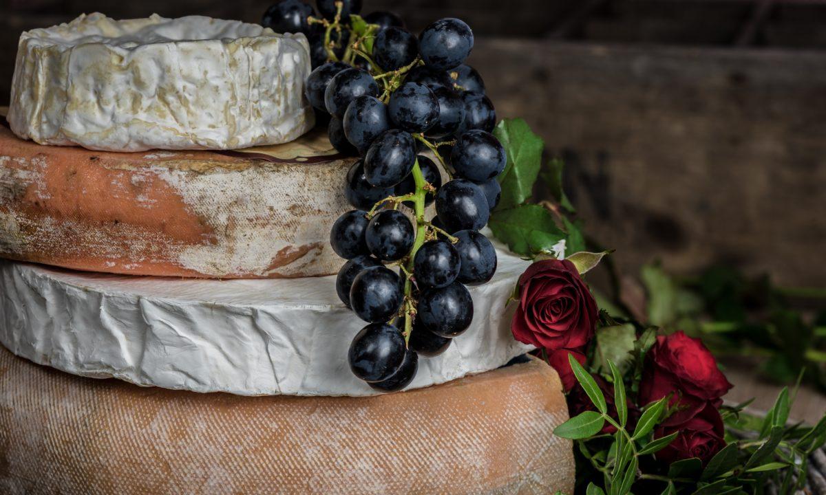 DIY Perfect Cheese Wheel Wedding Cake