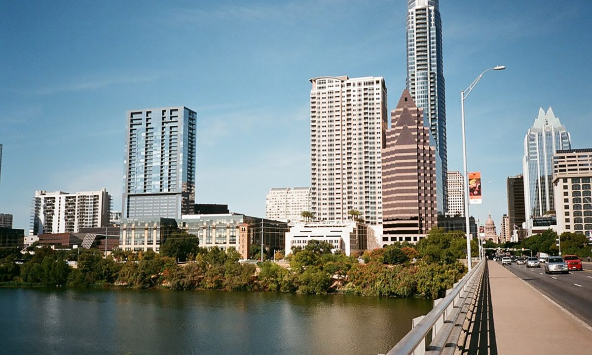 Austin Travel Guide for Your Minimoon