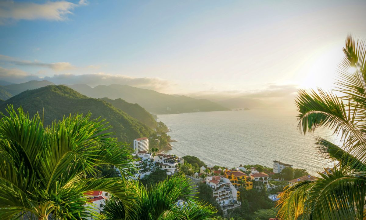 5 Reasons to Get Married in Puerto Vallarta