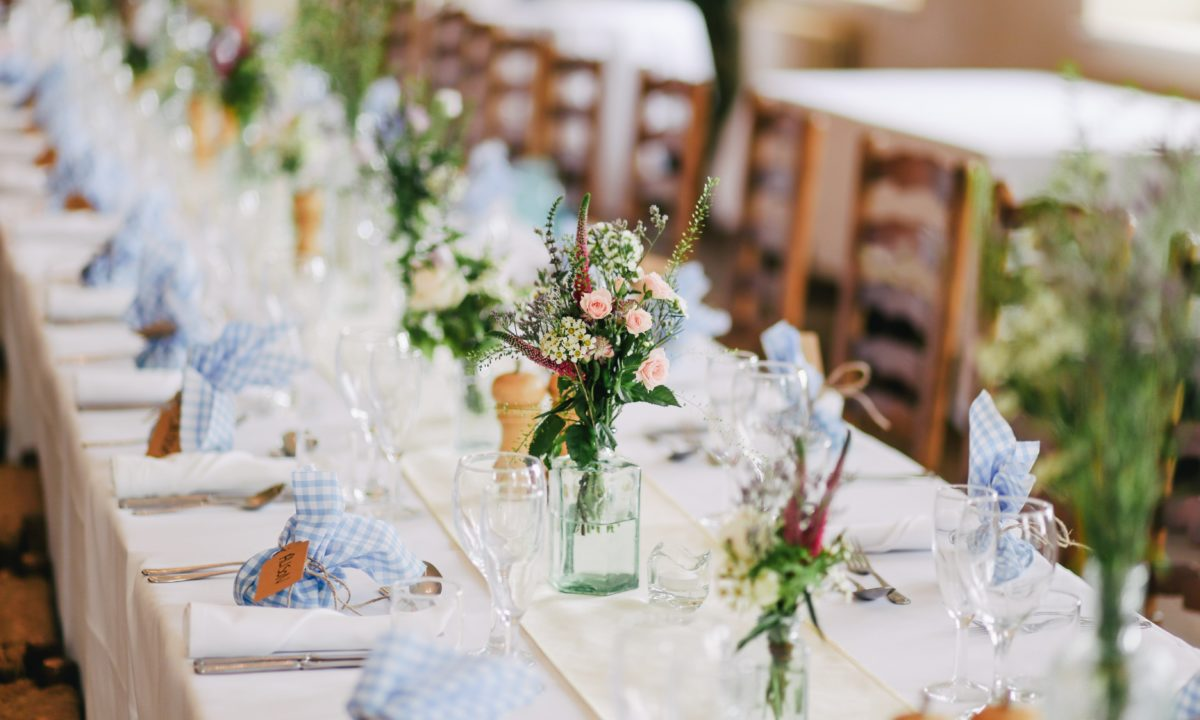 Low Wedding Centerpieces That Will Steal The Show Mywedding