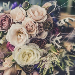 10 Ideas for Mother of the Bride Flowers