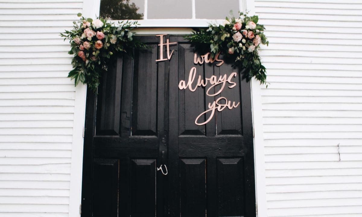 15 Unique Wedding Program Ideas for Your Ceremony