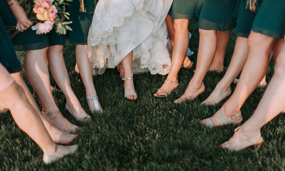 10 Wedding Flats for Brides