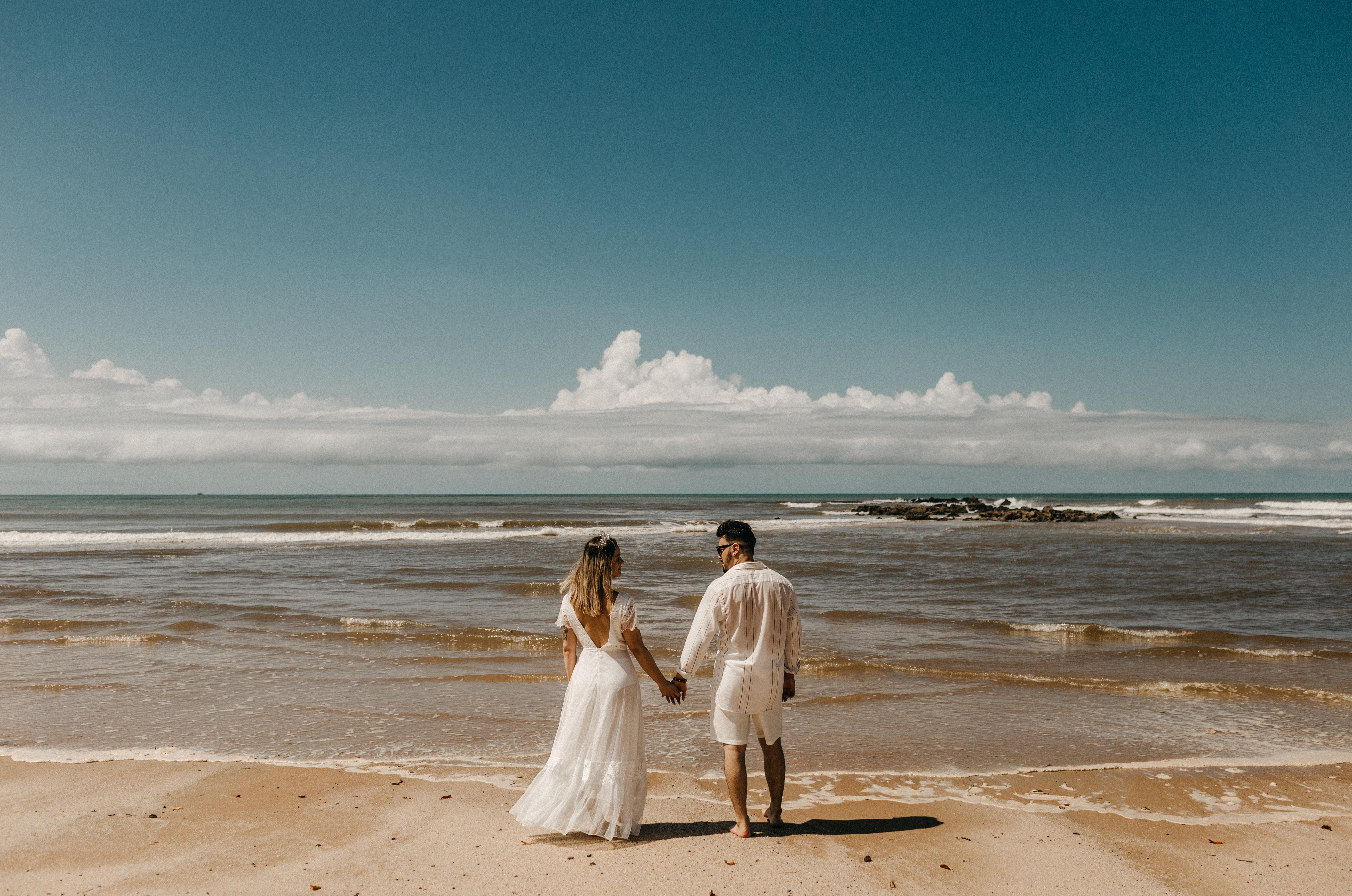 12 Ideas For Beach Wedding Attire For Men Mywedding