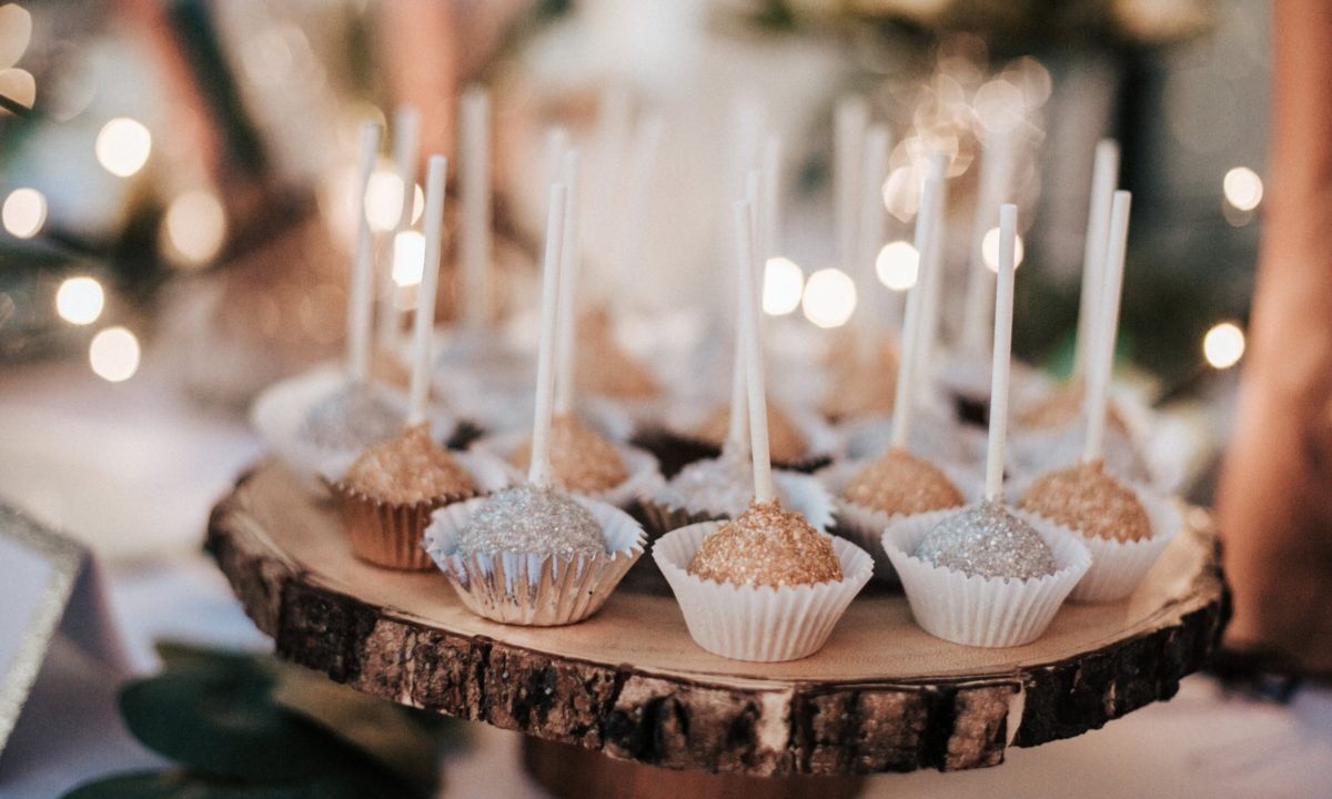 10 Fun Alternative Wedding Desserts to Serve Instead of Cake