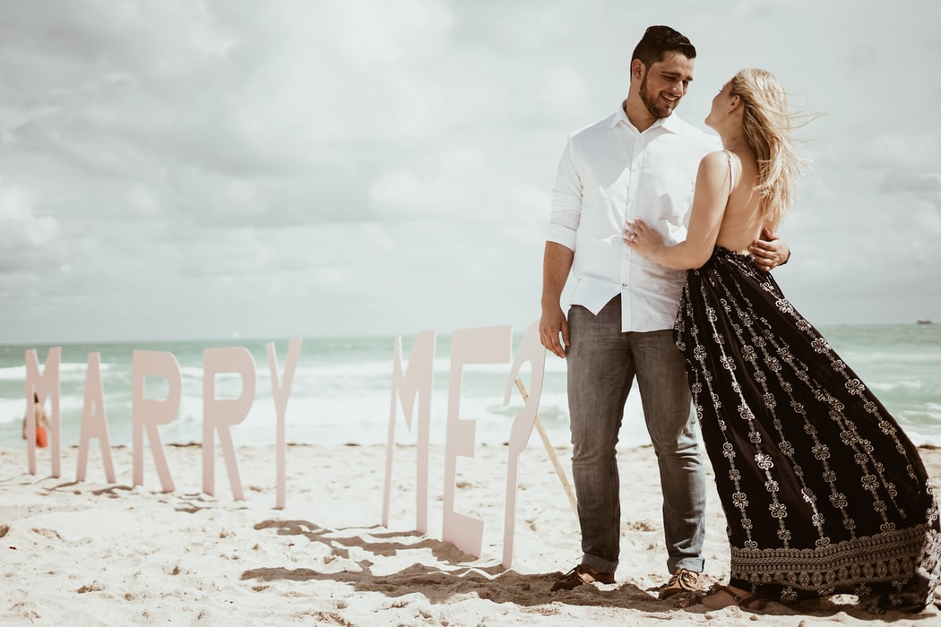 Look Great in Your Engagement Session With These 5 Tips
