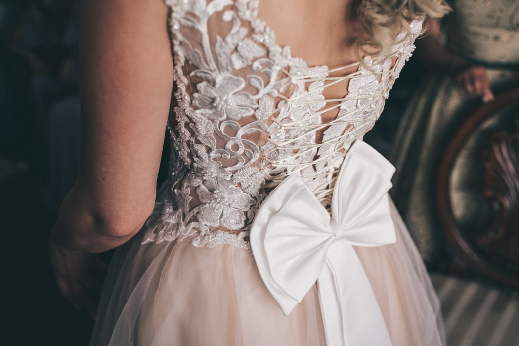 Must-See Lace Mother of the Bride Dresses