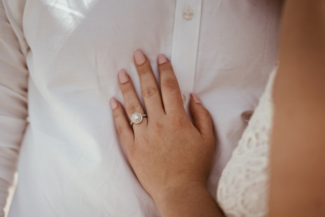 5 Ways to Keep Your Engagement Ring Sparkling