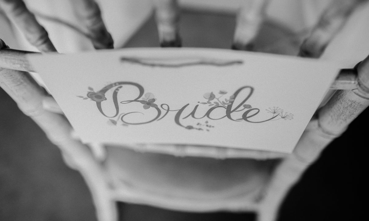 DIY Wedding Ideas for Brides Who Love Lettering
