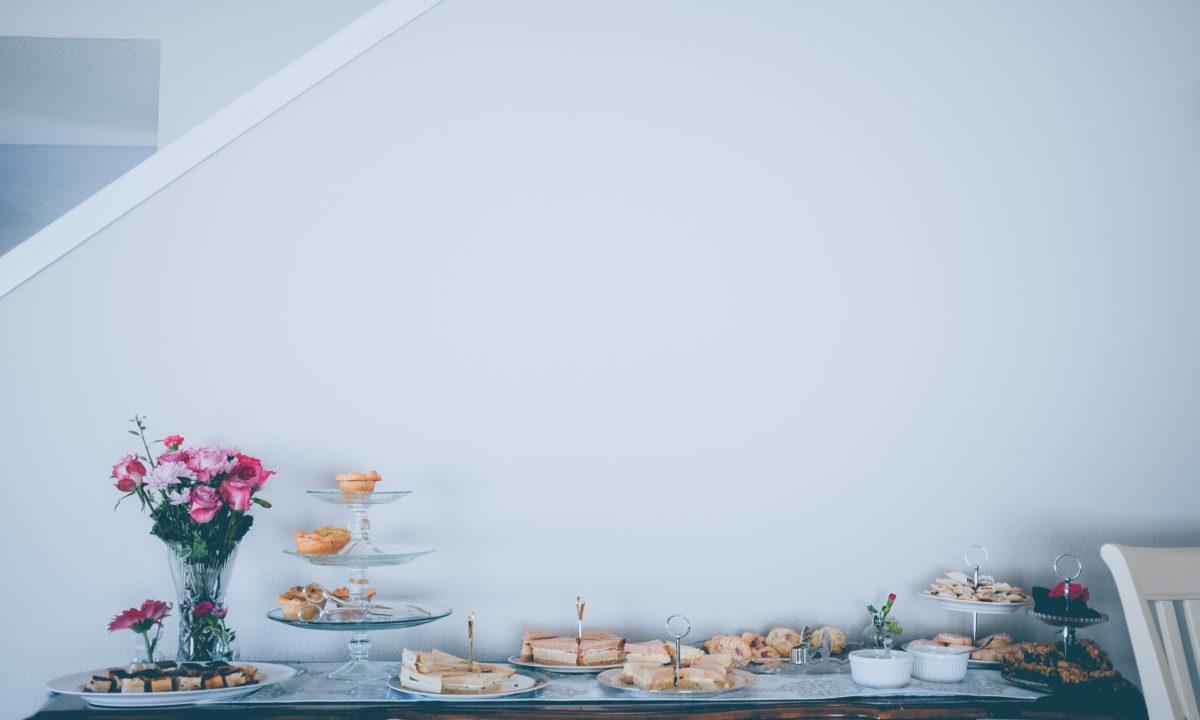 Bridal Shower Etiquette for Brides & Hostesses
