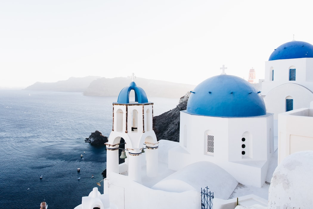The Perfect Agenda for a Honeymoon in Greece