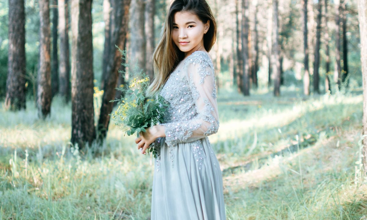 Something Blue: Mismatched Bridesmaid Dresses for Your Gals