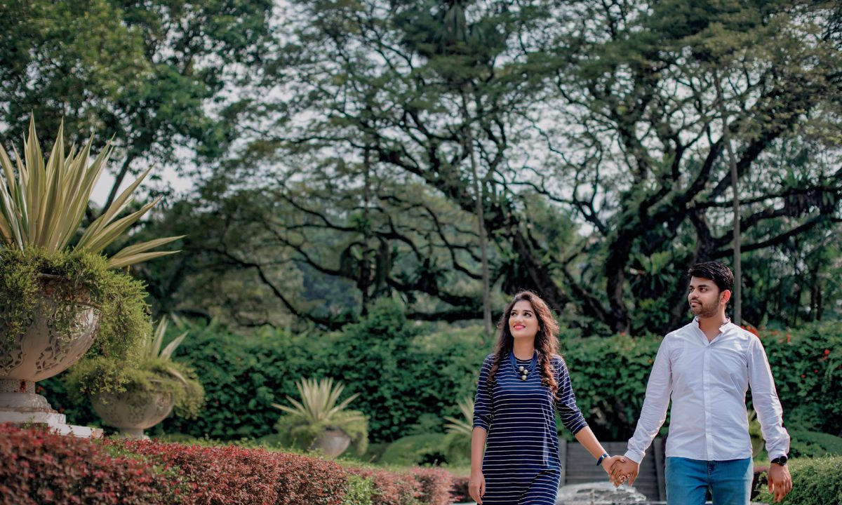 10 Tips for Saving for Your Dream Honeymoon