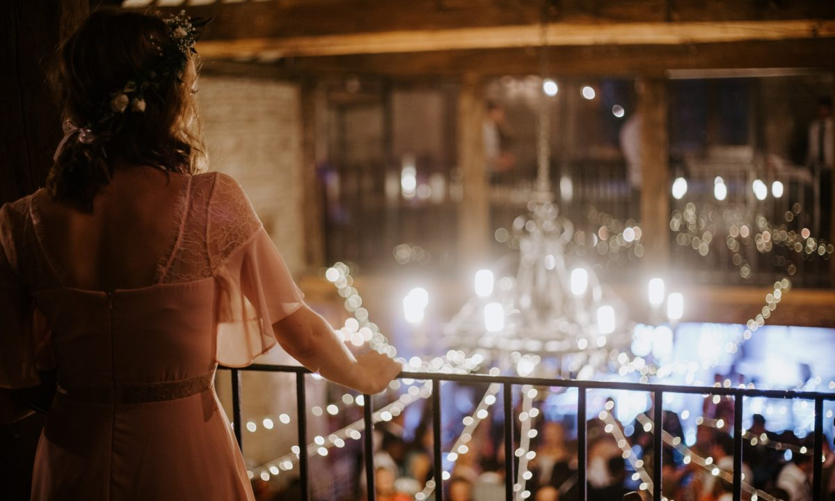5 Common Ways You're Confusing Your Wedding Guests