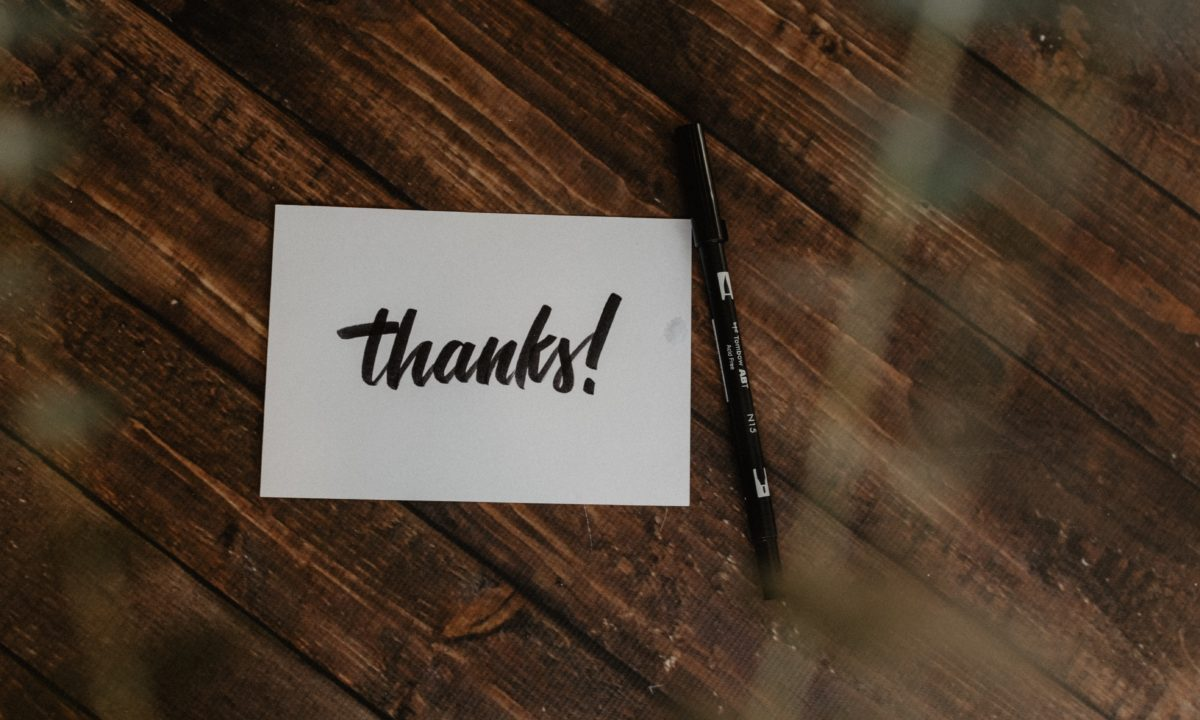 Advice for Writing Wedding Thank You Cards to Special People