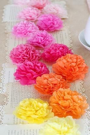 paper flower table runner