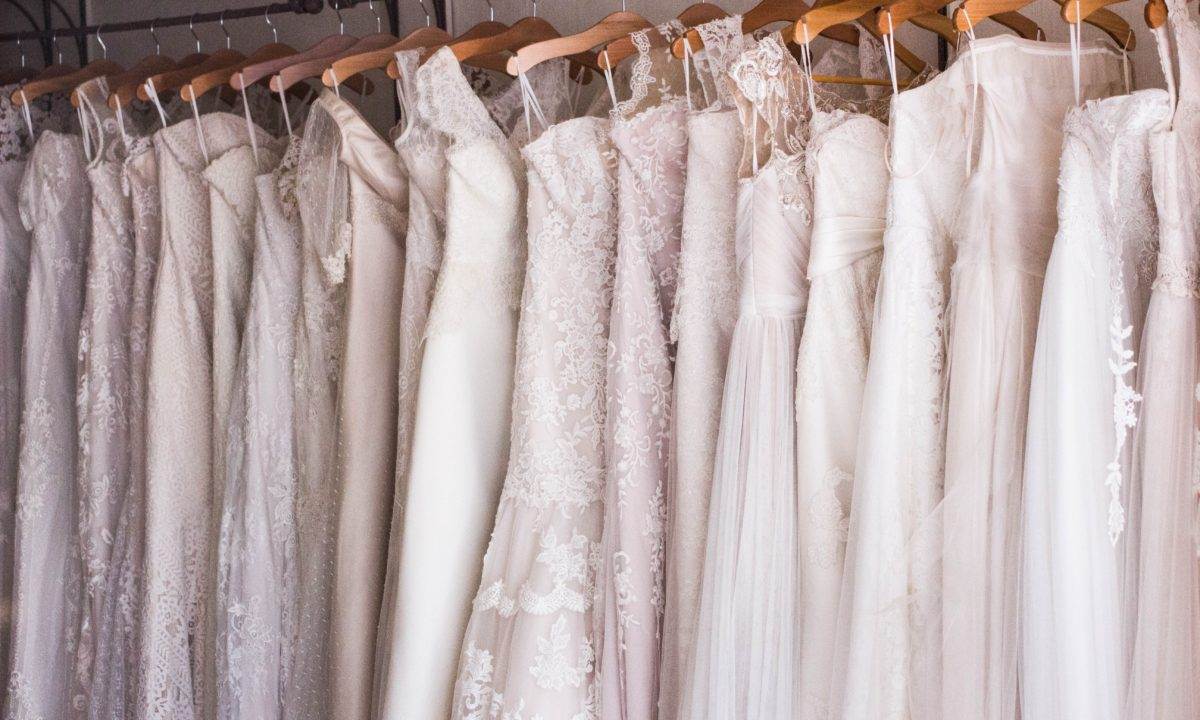 Best After Christmas Sales to Shop Before Your Wedding
