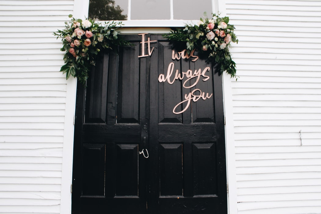 What Should Be in Your Wedding Program — Plus 12 of Our Favorite Wedding Program Ideas
