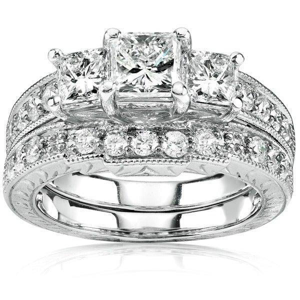 Annello by Kobelli Gold Three-Stone Princess Diamond Antique Bridal Set