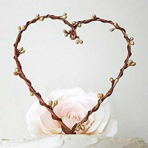 AntoArts Rustic Gold Pip Berry Heart Wreath