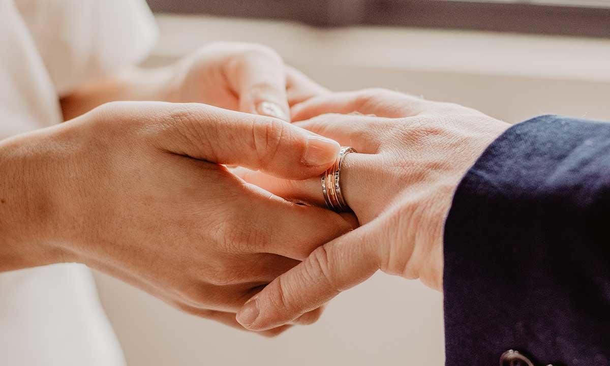 Best Wedding Bands For Men 2019 Mywedding