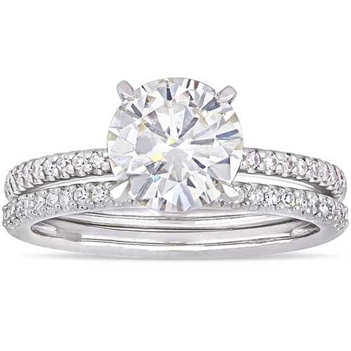 Moissanite by Miadora Signature Collection Bridal Set