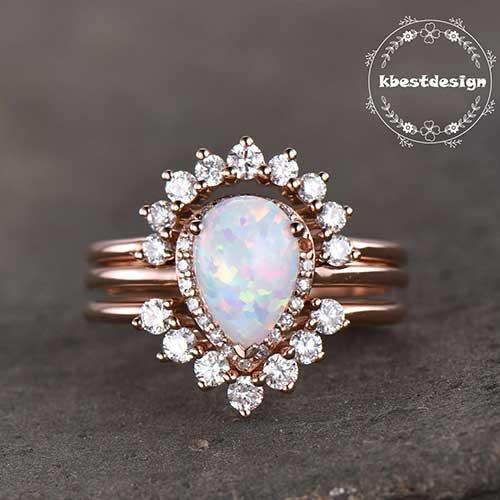 K Best Design Teardrop Stacking Ring Set