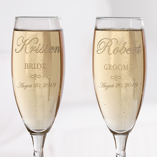 Wedding Couple Personalized Champagne Flute Set