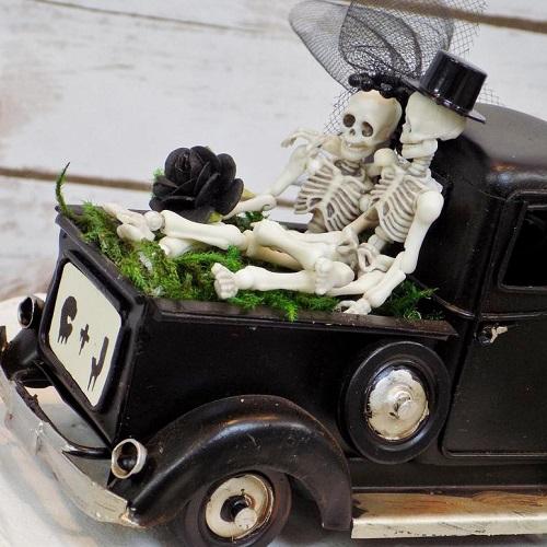 Those Days Bride & Groom Skeletons Wedding Cake Topper