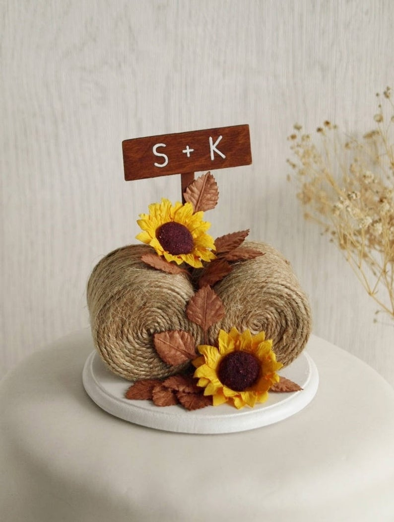 Tia Loves Archie Hay Bale Sunflower Cake Topper