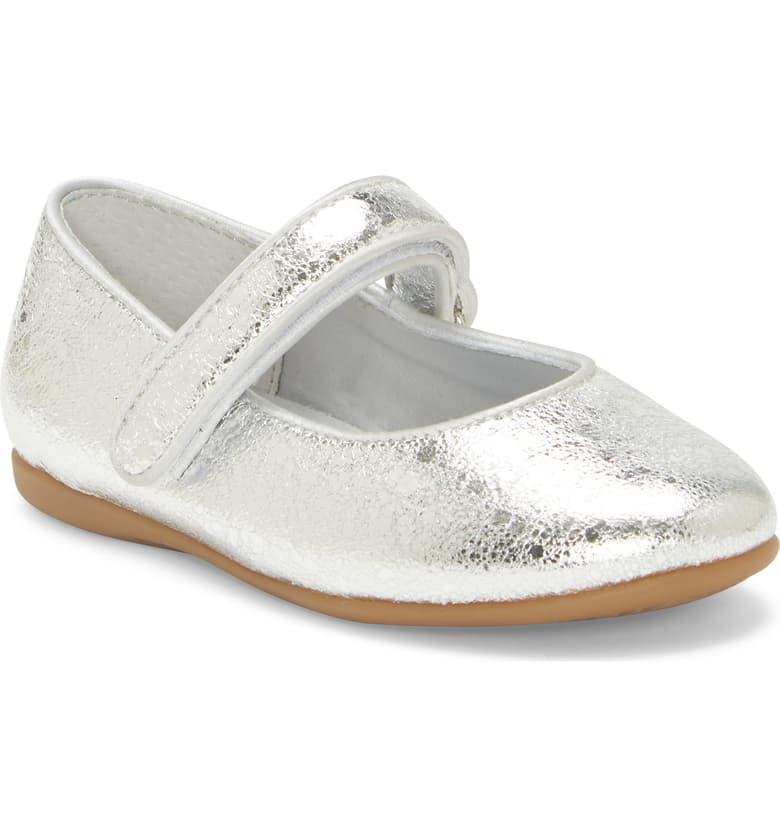 Best Flower Girl Shoes for Little Feet