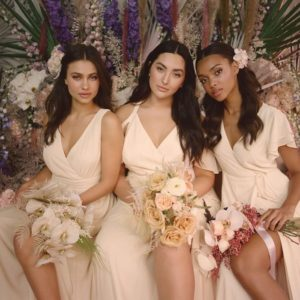 Our 9 Favorite Plus-Size Bridesmaid Dresses From Lulu's New 'Extended Sizing' Bridal…