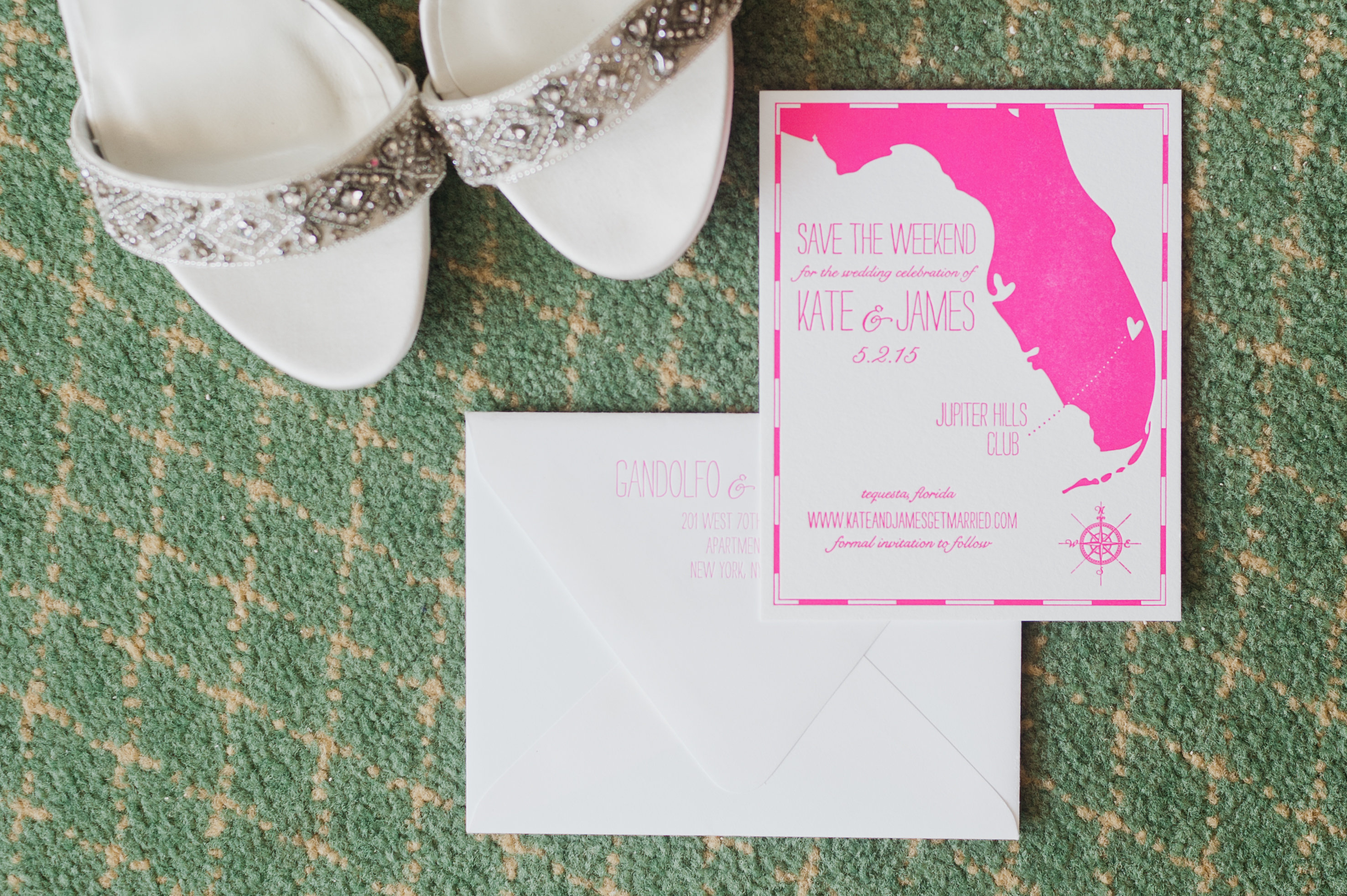 This Is When You Should Send Out Your Save-the-Dates