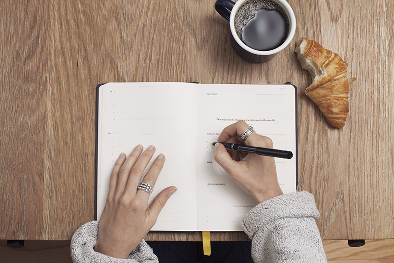 5 Reasons You Should Journal While Wedding Planning