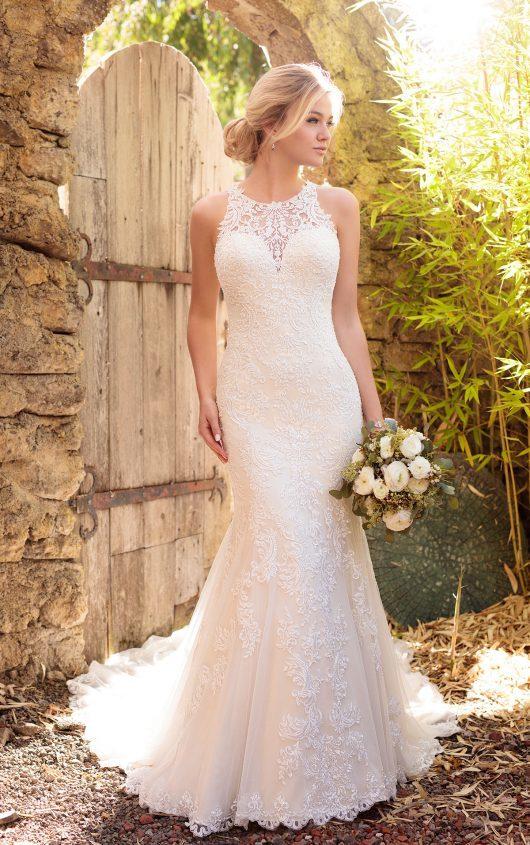 10 Lace Wedding Dresses for Romantics