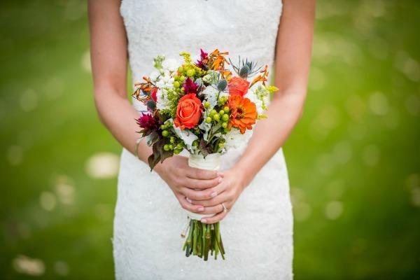 10 Beautiful Nail Colors for Fall Weddings