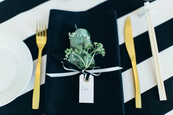 10 Black and White Wedding Ideas