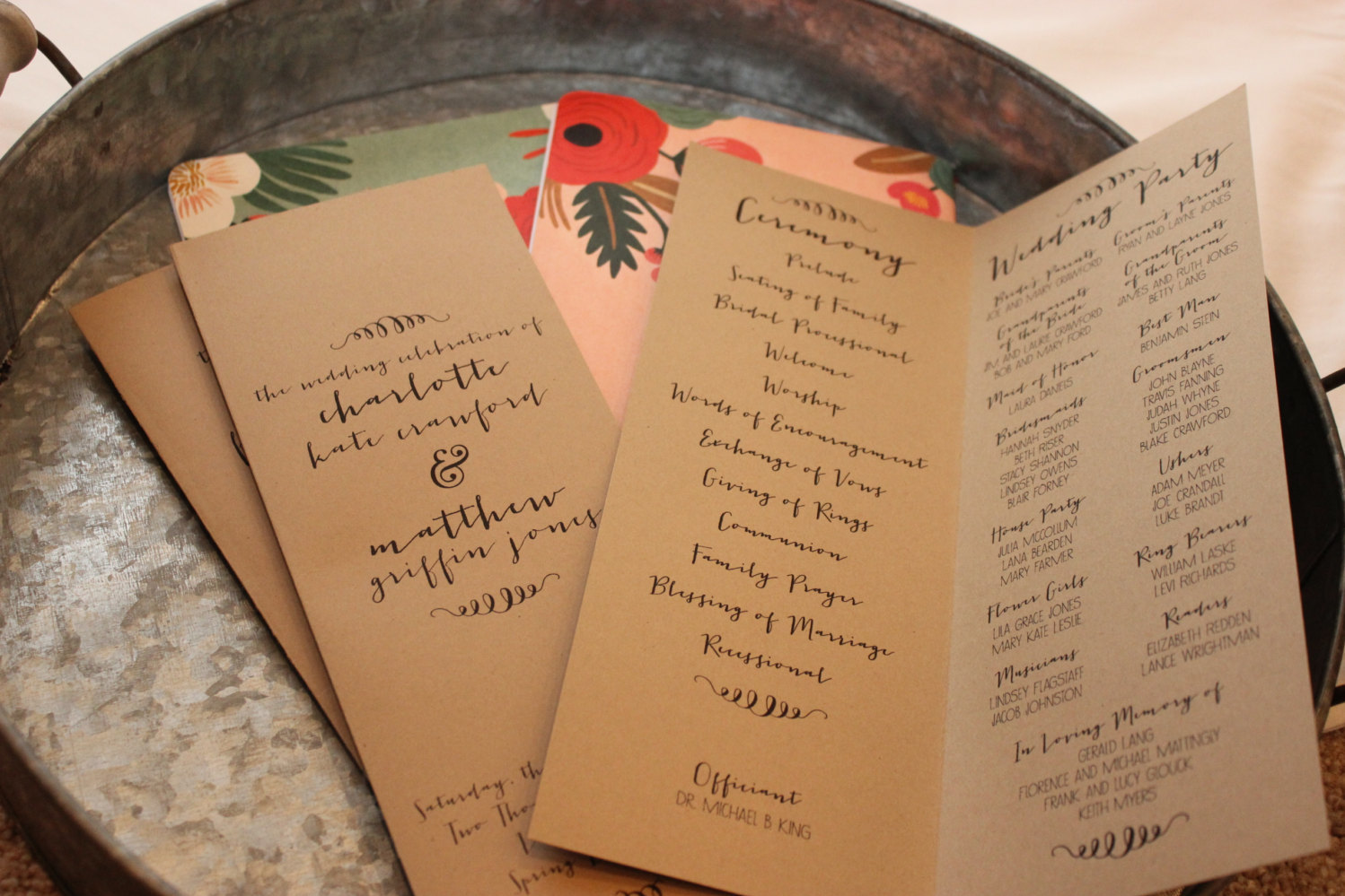Which Wedding Program Format is Right for You?