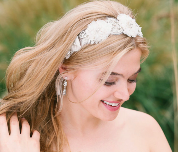 Sweet Hair Accessories for Brides