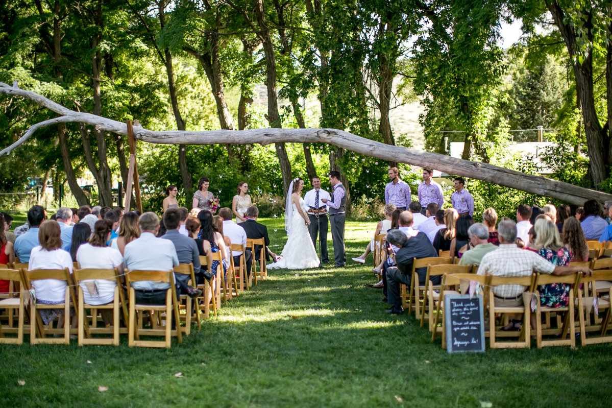 9 Hot Summer Wedding Ideas To Keep Your Guests Cool