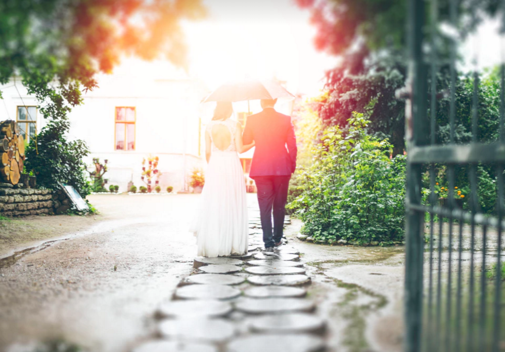 10 Wedding Planning Questions to Ask Your Venue Before You Sign the Contract