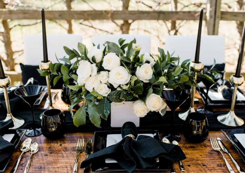 Elegant Black Wedding Ideas for a Dramatic Reception