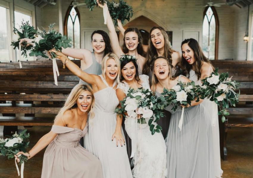 Best Spring Wedding Photos of Brides and Bridesmaids