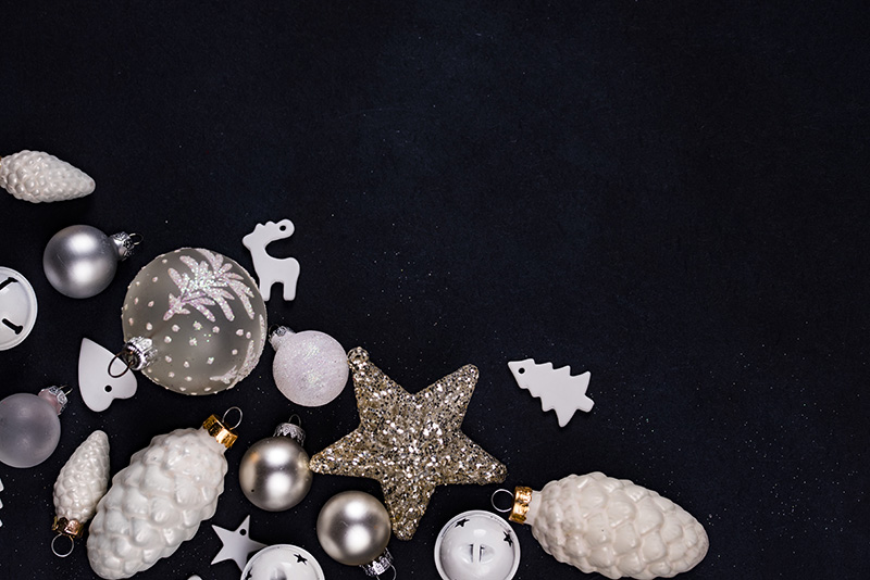 All the Details You Need for an Awesome Christmas Reception